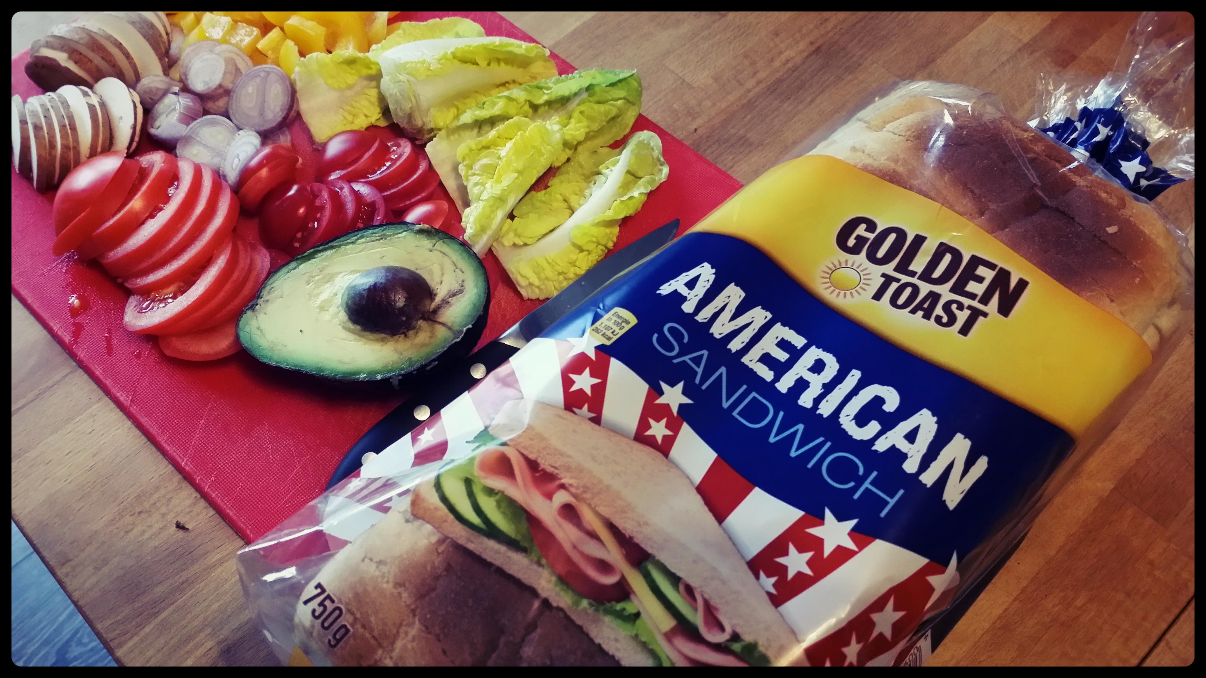 seitlich - Golden Toast American Sandwich Test