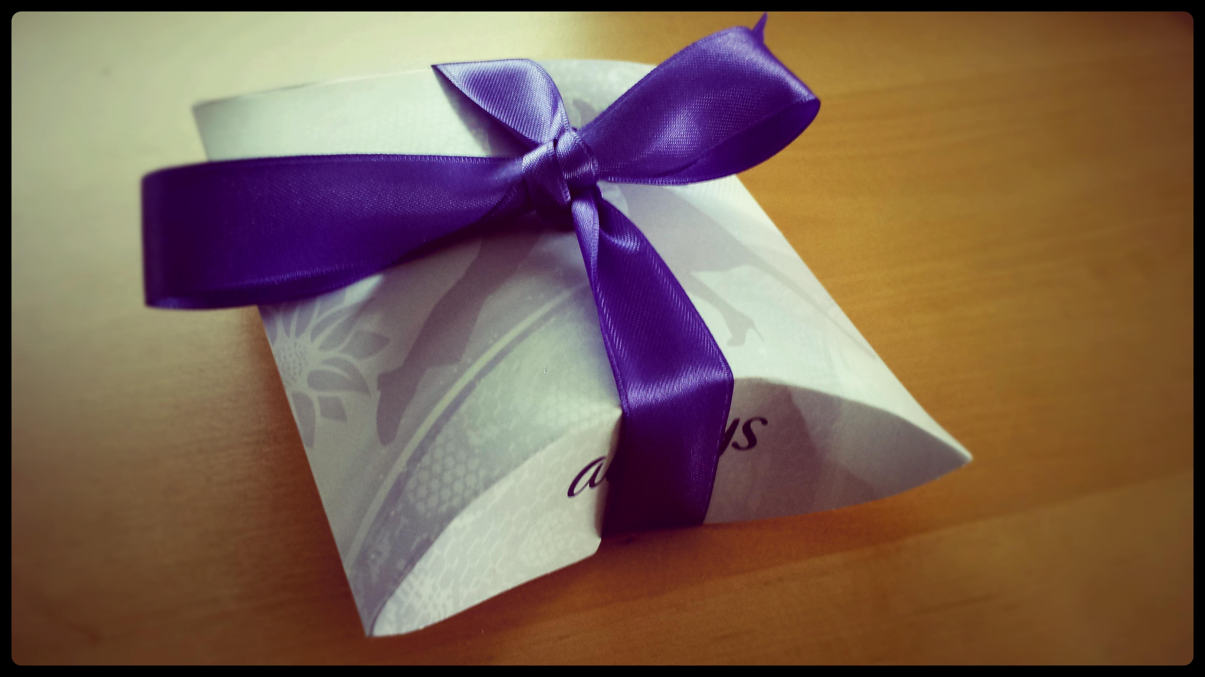 verpackt - Always Twist & Flex Damenbinde im Test