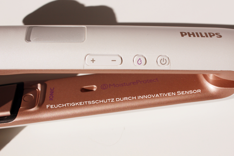 glatt 4 - Philips Moisture-Protect Haarglätter