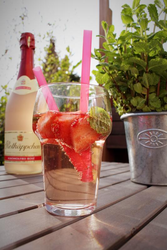 erdbeer 5 - Erdbeer-Minz-Rosé