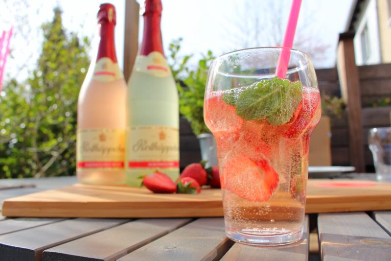 ru%CC%88hren - Erdbeer-Minz-Rosé