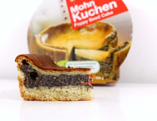 stueck 2 520x400 - Cakees Mohnkuchen im Test