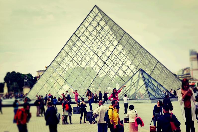 louve touri close - Wir waren dann mal in Paris