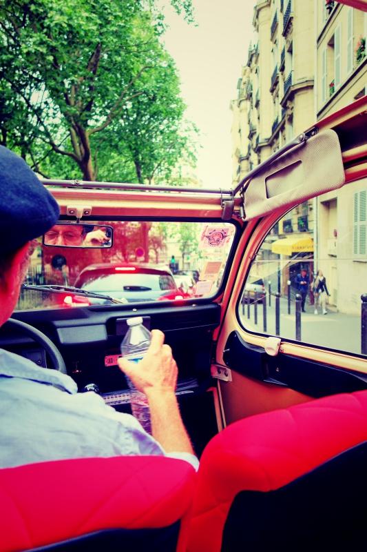 ente tour 2 - Paris - 4 roues sous 1 parapluie