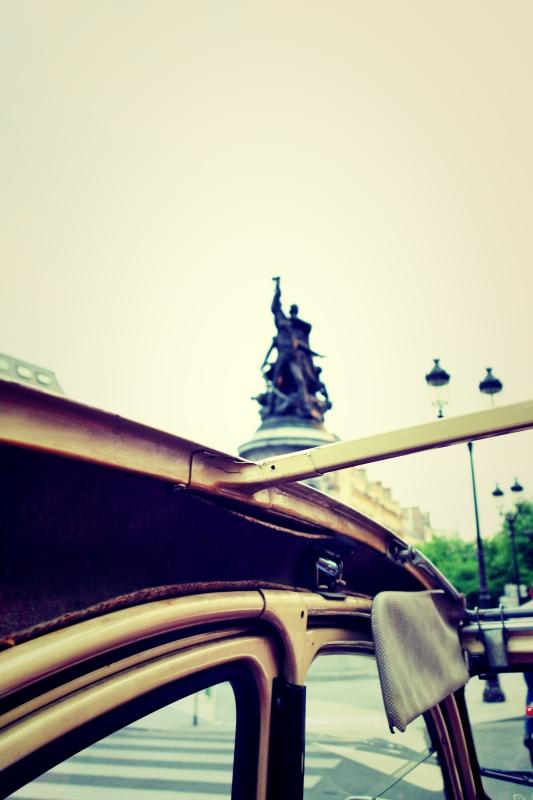 ente tour ausblick - Paris - 4 roues sous 1 parapluie