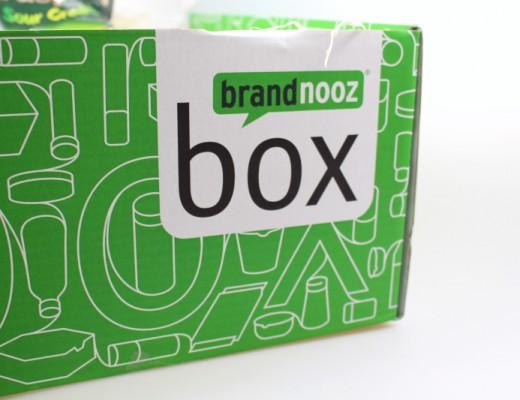 pack 520x400 - Brandnooz Box Juli 2015
