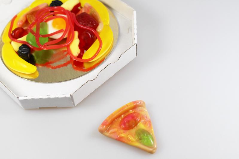 pizza stueck - Brandnooz Box August 2015