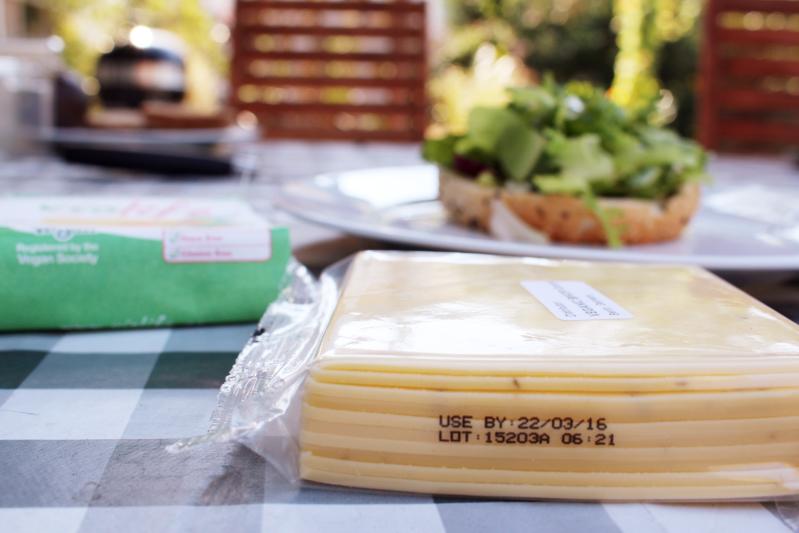 tisch - Veganer Käse von Violife