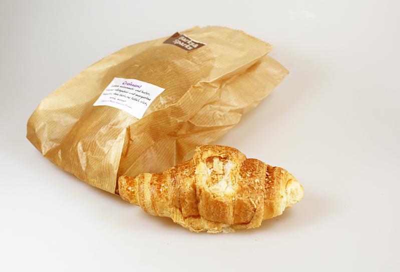 croissant2 - Pfötchenbox September 2015
