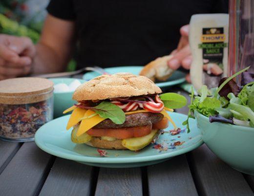 burger  520x400 - Burger Grillparty & Gewinnspiel