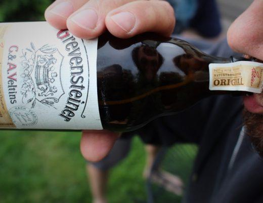 trinken 520x400 - Grevensteiner Original Landbier