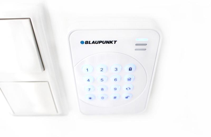 smart home sicherheit mit blaupunkt kurzvor produkttests. Black Bedroom Furniture Sets. Home Design Ideas