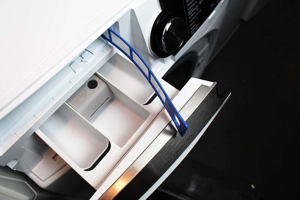 oben2 - Der Waschtrockner von AEG im Test