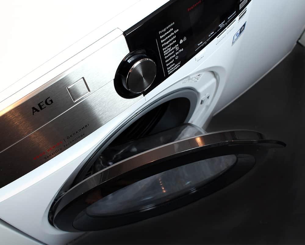 offen oben - Der Waschtrockner von AEG im Test