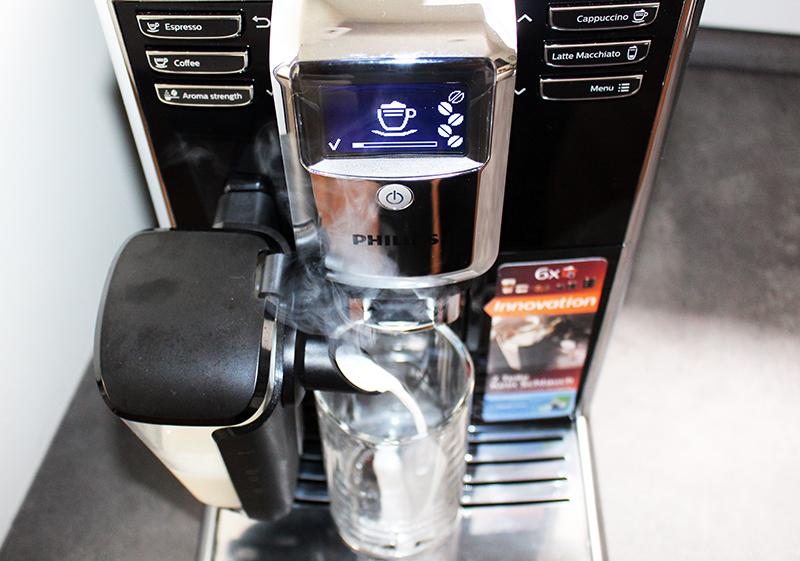milcheinlauf - Philips Kaffeevollautomat mit LatteGo