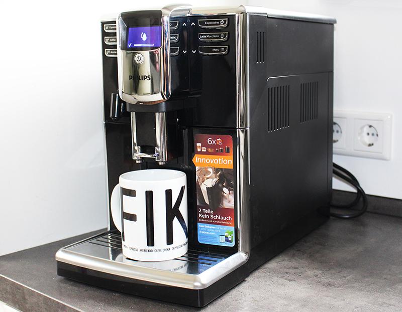 total2 - Philips Kaffeevollautomat mit LatteGo