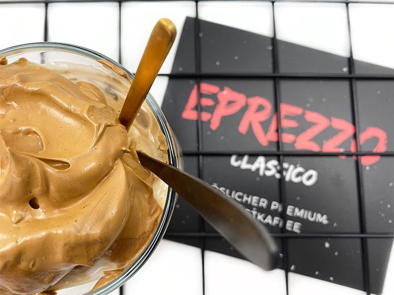 dalgona oben - Eprezzo & der Kaffeetrend überhaupt