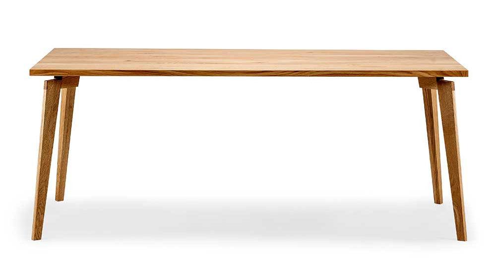 design esstisch vetta aus eiche massivholz geoelt e1605694894539 - Die Top 5 Einrichtungstrends 2021