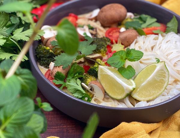 Thai Suppe intro 600x460 - Thai Nudelsuppe mit Wohlfühlfaktor