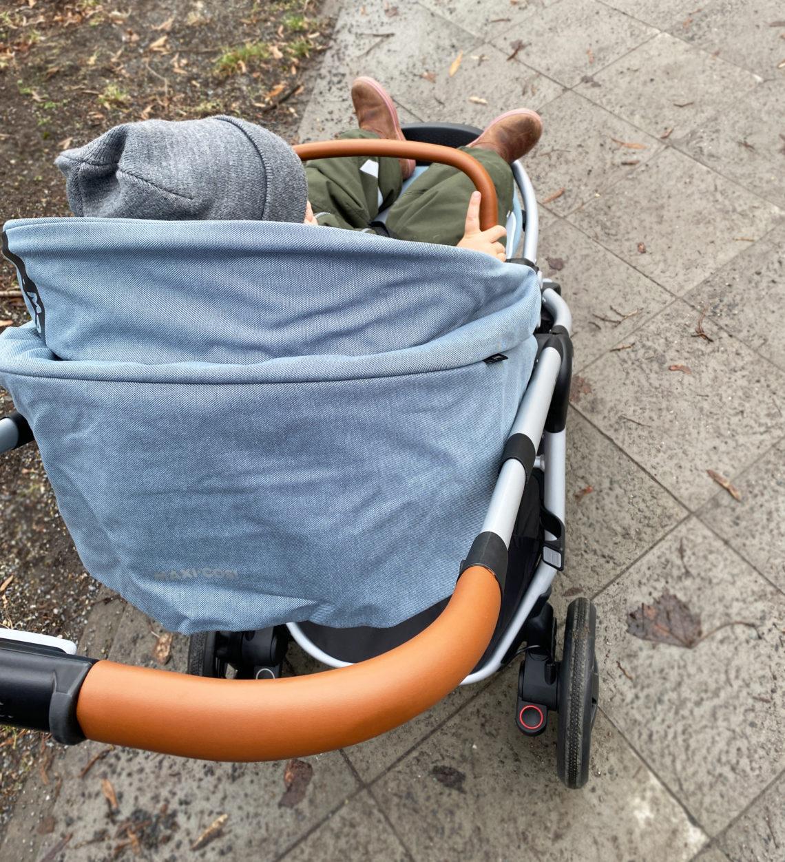 adorra fahren 1140x1252 - Maxi-Cosi Adorra Kinderwagen