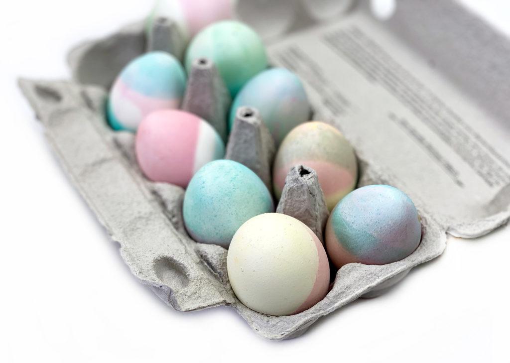 pastell total  1 1024x729 - Ostereier färben - 3 einfache Trends zum Selbermachen