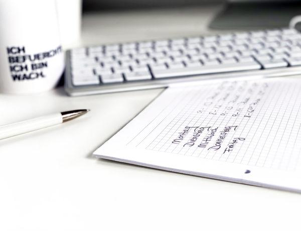 HomeOffice Zeitplan 600x460 - Mehr Konzentration und Entspannung im HomeOffice
